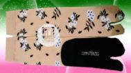 Grosir kaos kaki motif bunga di solo